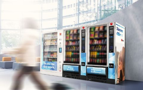 Snack and cold drink vending